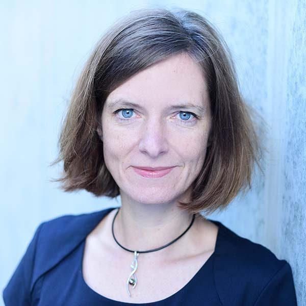Bettina Holz